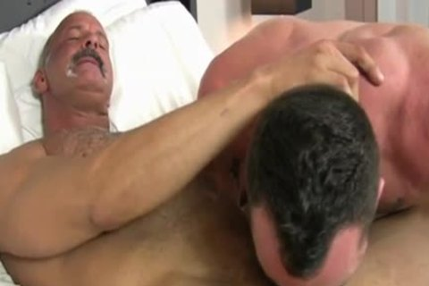 bare banged dude Swallows