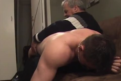 Hunk With Bubble butthole gets A spanking