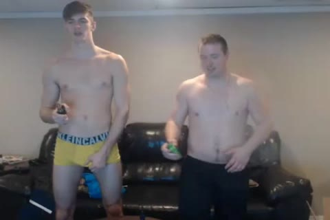 two nice-looking Bi dudes Have fun And Have jointly A dirty Shower