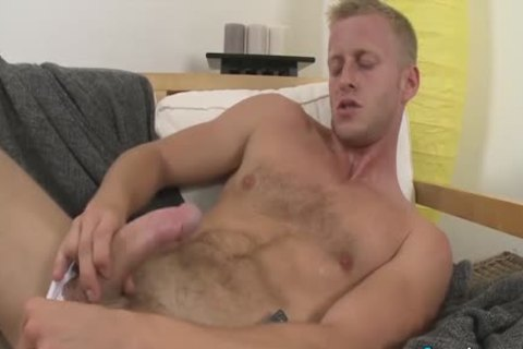 naughty Denis Reed Working Out A Messy Load Out Of his testicles