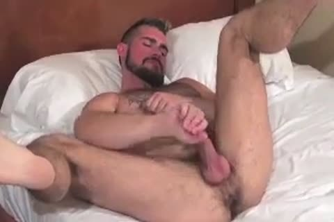 gigantic Bear Daddy Breeds lusty wazoo nail lusty hole In Some nice Barebacking Session