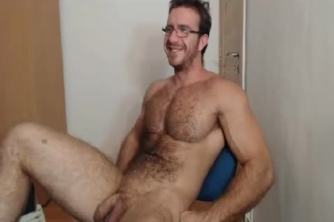 [cam] Bigdudex A lusty hairy Daddy Shows arse And