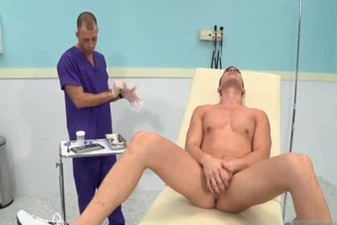 large knob Doctor 3some With cumshot