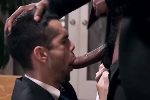 Giving Your black Boss A oral pleasure And Getting Barebacked