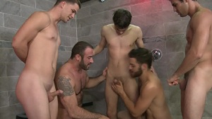 spunk Shower - Tommy Defendi, Spencer Reed baths Hook up