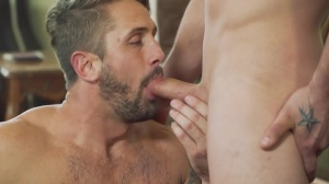 Robbing ramrod - Darin Silvers & Wesley Woods butthole sex