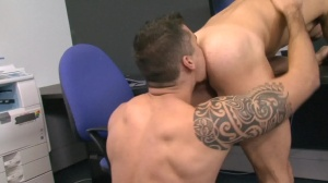 Foreign Exchange - Jay Roberts, Mike Colucci ass Hook up