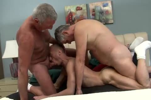 this chap Likes Two Daddies To Do It