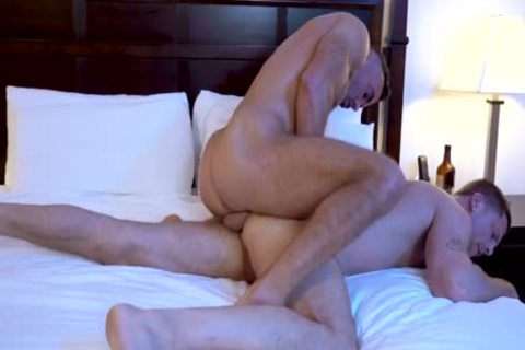Beach Rats Of Lauderdale – Roman Todd Rides Manuel Skye's large dong bare