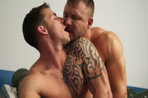Richard Pierce & Austin Wolf - Gym Sex