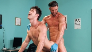 HotHouse.com: Bodybuilder Devin Franco impressed by Ryan Rose